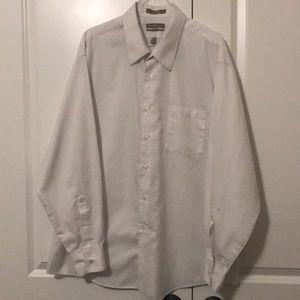 Van Huesen 18-34/35 dress shirt